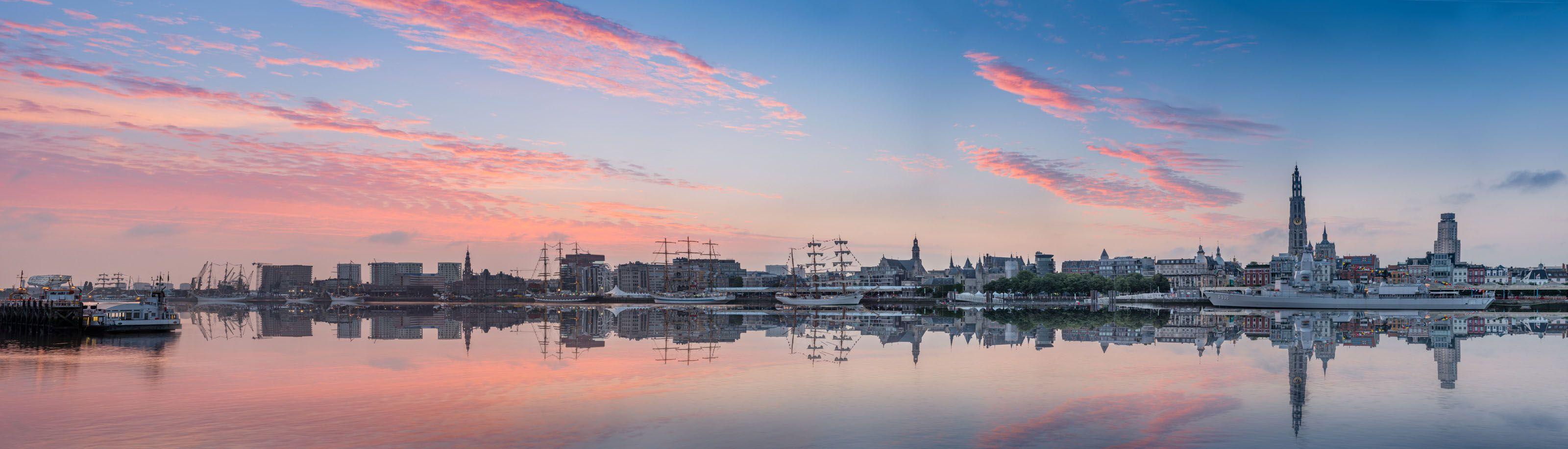 Panorama van de skyline van Antwerpen