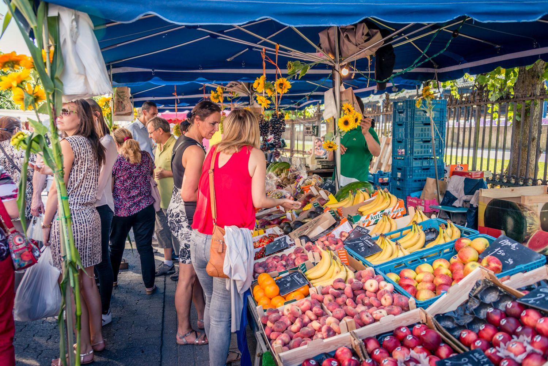 fruit en groentenkraam op de rubensmarkt