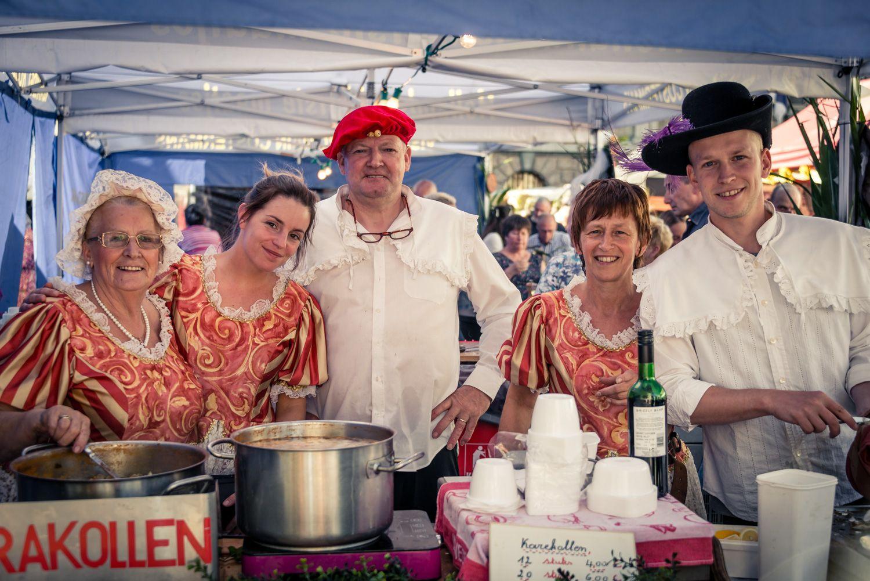 groepsfoto op de rubensmarkt in Antwerpen