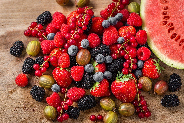 Fruitmix van rode en baluwe bessen